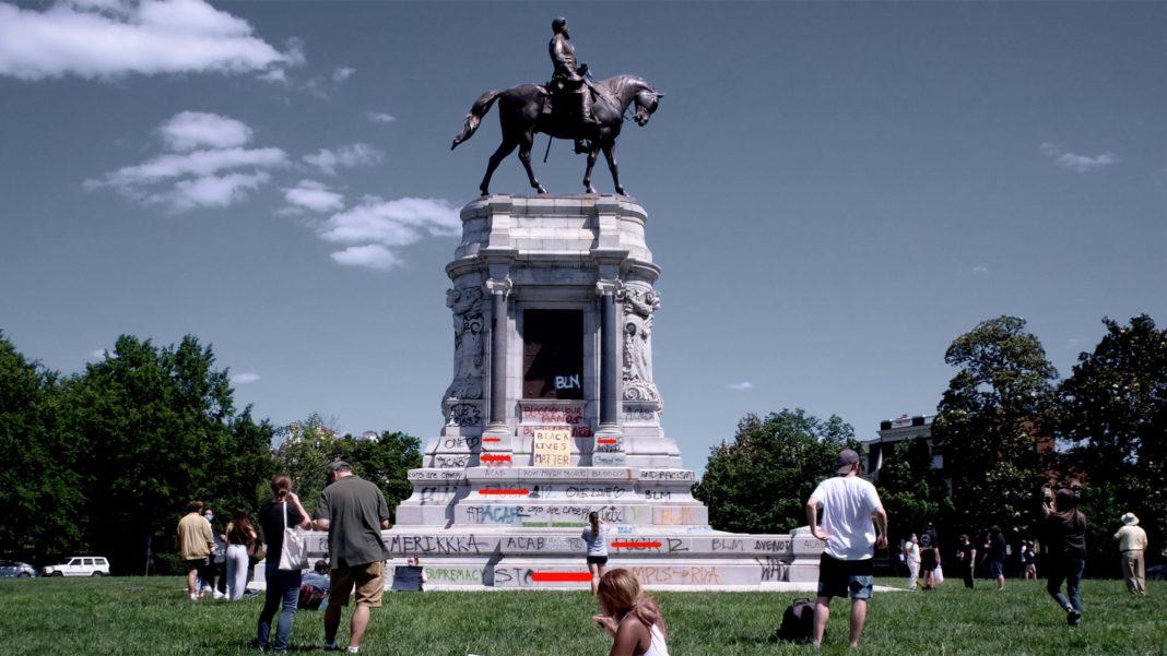 Monument - Vandalism