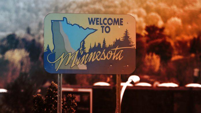 Welcome to Minnesota sign