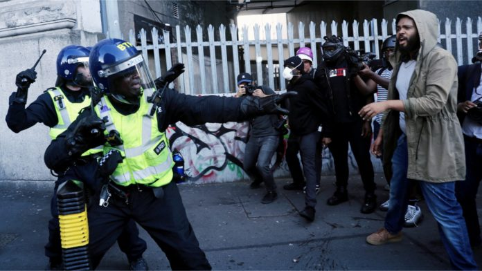 London Police - Clash - Protesters
