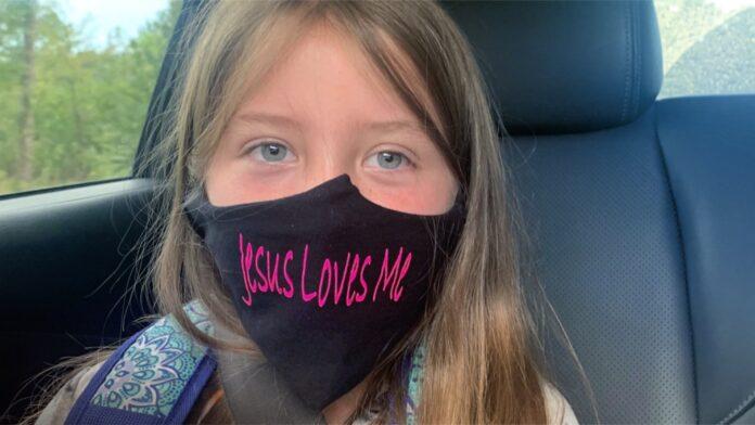 jesus Loves me mask