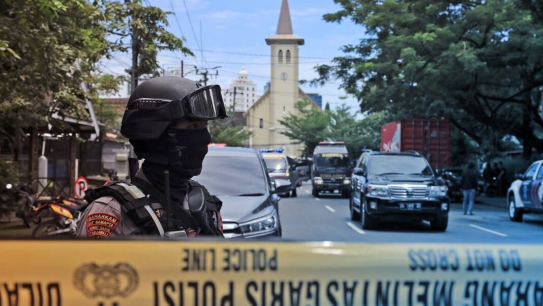 Indonesian church suicide bombing