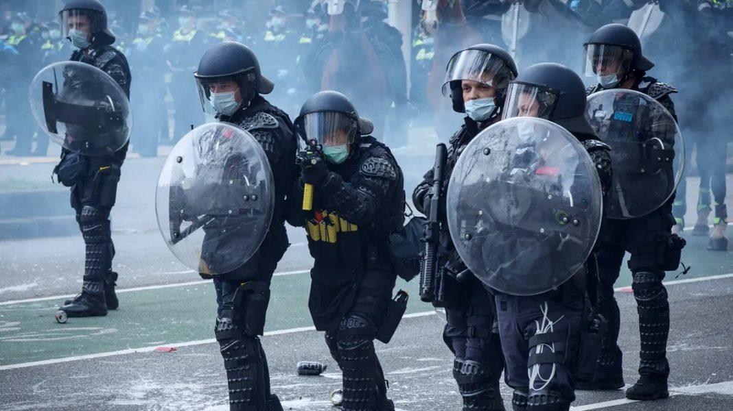 Australia military enforced lockdowns